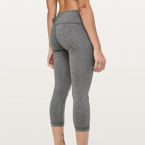 lululemon athletica Pants - Lululemon Wunder Under Crop III